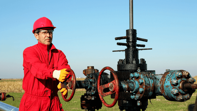 Oil and gas contractors key to avoiding industry brain drain: Hays